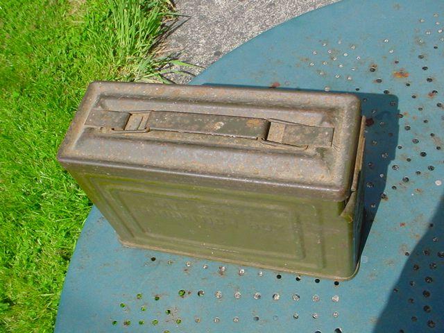 Ammunition box US 02
